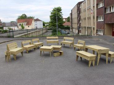 Fabrication collective de mobilier – Quartier de la Pertinguette Réthel