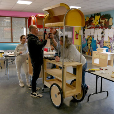 design-mobilier-mobile-participatif-structure-echange-Faubourg132-87BD